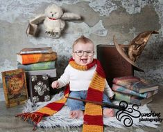The cutest thing EVER! Harry Potter Nursery, Harry Potter Baby Shower, Harry Potter Theme, Harry Potter Birthday, Children Photography, Newborn Photography, Fantasia Harry Potter, Cute Kids, Cute Babies