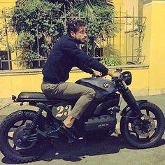 K100 of @dandi23__pt & Custom by @ottodrom #la23 #bmw #k100 #k75 #k1100 #bmwk75 #caferacer #scrambler #tracker #boxer #bobber #bmwmotorrad #motorcycle #motorrad #motobike #bikes #bmwcustom #bratstyle #brat #japstyle #vintage #fashion #oldschool #lifestyle #style #leather