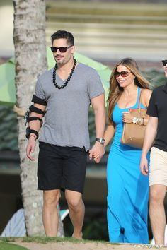 Pin for Later: Sofia Vergara and Joe Manganiello Kick Off Their Hawaiian Holiday