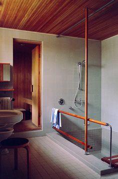 Maison Carré, Bazoches-sur-Guyonne, France, by Alvar Aalto   bathroom and sauna