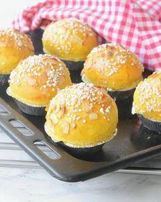 Baked Doughnuts, Sweet Pastries, Swedish Recipes, Rocky Road, Energy Bites, Fudge, Baked Goods, Hamburger, Tart
