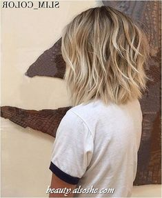 Cute Short Hairstyle Idea for Women in 2020 - Beauty Alsoshe Cute Short Hairstyle Idea for Women in 2020 – Nail and Hairstyle Trends 2020 Popular Short Hairstyles, Bob Hairstyles For Fine Hair, Pretty Hairstyles, Hairstyle Short, Hairstyle Ideas, Ladies Short Hairstyles, Braided Hairstyles, Wedding Hairstyles, Choppy Hairstyles