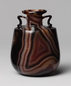 Amphoriskos (perfume bottle) 1st Centuary BC[Roman] carved from  banded agate