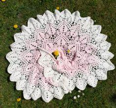 20200424_120534 Bunt, Crochet Earrings, Stone, Outdoor Decor, Little Flowers, Homemade, Handarbeit, Nice Asses, Rock