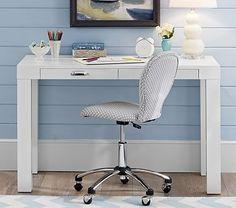 15 best girls desk images girl desk desk hutch desk rh pinterest com