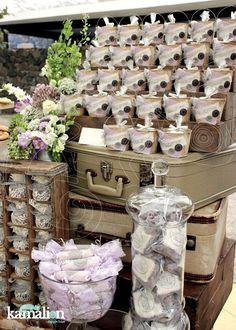 www.kamalion.com.mx - Mesa de Dulces / Candy Bar / Postres / Lila & Gris / Lilac & Gray / Vintage / Rustic Decor / Cake Pops / ...