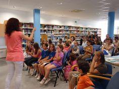 @RosanaAndreu explica com han anat totes les activitats de lectura de la Biblioteca