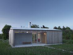 Small House in Sweden by LLP Arkitektkontor