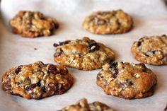 oatmeal chocolate cherry cookies - rainy day gal
