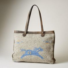 Wild Horse Bag: Handcrafted by Zapotec artisans, each wool and leather 'Wild Horse' bag draws inspiration from a rich and ancient culture while improving the lives of rural craftspeople. Leather Fashion, Leather Bag, Drawing Bag, Western Jewelry, Equestrian Style, Wild Horses, Handmade Bags, Handbag Accessories, 5 D