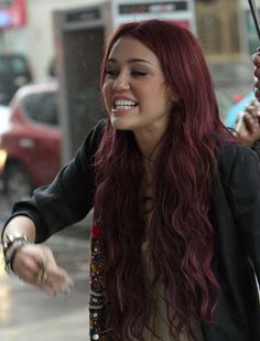 Dark Red Hair. i want this and brown for a ombre<3 that would be legit((: