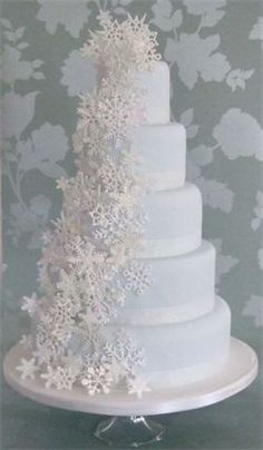 White Sugar Snowflake Cake, Christmas Wedding Cakes, Holiday Cakes, En Pointe Weddings and Events, Dallas Fort Worth Frisco, Texas