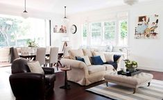 This beautiful home shows how to decorate your home in the Hamptons style with a classic Hamptons kitchen and living room filled with coastal decorating ideas Hamptons Kitchen, Hamptons House, The Hamptons, Home Design, Interior Design, Coastal Interior, Coastal Decor, Design Design, Design Ideas