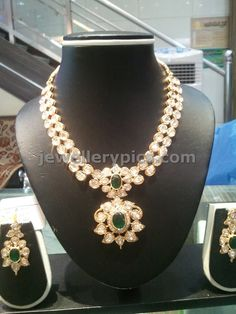 Pachi necklace with emaralds weght 75grams - Latest Jewellery Designs