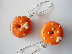 Hanging Donuts polymer clay earrings by ARTiliciousss on Etsy, €9.00