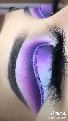 New Makeup Ideas, Makeup 101, Eye Makeup Art, Fall Makeup, Creative Eye Makeup, Colorful Eye Makeup, Makeup Emoji, Glitter Makeup Looks, Graphic Makeup