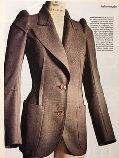 Afbeeldingsresultaat voor martin margiela for hermes Tailored Jacket, Tailored Suits, Landau Uniforms, Deconstruction Fashion, Vintage Outfits, Vintage Fashion, Fashion Details, Fashion Design, Minimal Fashion
