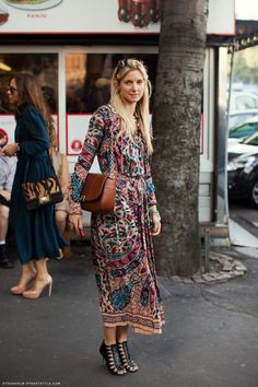 Street style: Printed maxi dress