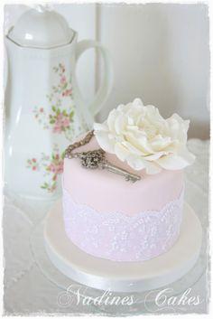 Nadine's Cakes: La Clé et la Rose