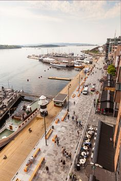 The Waterfront Promenade at Aker Brygge | Oslo | Norway | Waterfront 2016 | WAN…