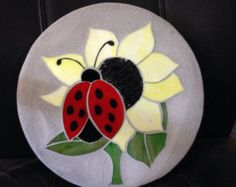 Ladybug sunflower stained glass mosaic garden by StepsInStone Mosaic Rocks, Mosaic Tile Art, Mosaic Stepping Stones, Mosaic Diy, Mosaic Crafts, Stone Mosaic, Mosaic Glass, Pebble Mosaic, Mosaic Mirrors