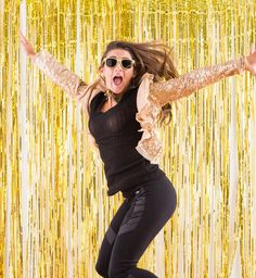 diy-gold-photo-booth