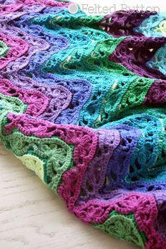 Brighton Blanket -- free crochet pattern by Susan Carlson of Felted Button ༺✿ƬⱤღ… Crochet Afghans, Crochet Ripple, Crochet Motifs, Crochet Yarn, Crochet Stitches, Crochet Blankets, Crotchet, Baby Blankets, Crochet Gratis