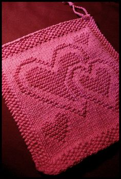 ~ Heart Knitted Dishcloth ~ This is a free pattern by Ravelry!