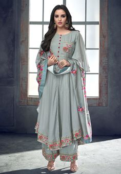Bollywood Black and Grey color Salwar Kameez in Milan Silk fabric with Palazzo, Slits Embroidered, Resham, Stone, Thread work Pakistani Dress Design, Pakistani Outfits, Indian Outfits, Pakistani Fashion Casual, Dress Indian Style, Indian Dresses, Stylish Dresses, Fashion Dresses, Fashion Clothes