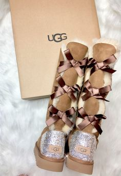 Chestnut UGG Bailey Double Bow Tall Boots With Swarovski Crystals Ugg Boots Outfit, Ugg Style Boots, Sheepskin Boots, Outfit Invierno, Vegan Boots, Bailey Bow, Shearling Boots, Fur Boots, Zapatos