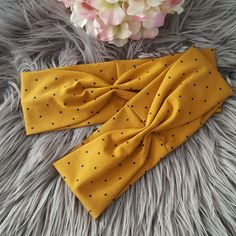 Sewing Headbands, Diy Baby Headbands, Baby Hair Bows, Handmade Headbands, Diy Headband, Handmade Clothes, Sewing To Sell, Sewing For Kids, Diy Hair Accessories Easy