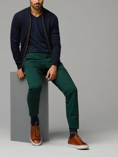 These are forest green pants I have been dying for! More