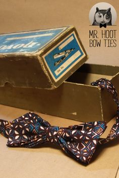 The ''funky one'' bow tie crepe cotton x Cotton Fabric, Dots, Tie, Handmade, Stitches, Hand Made, Cotton Textile, Cravat Tie, Ties