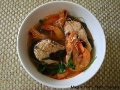 Filipino Recipe Sinigang na Bangus at Hipon (Sour Soup with Milkfish and Shrimp)  1 medium milkfish (cleaned, cut into 4 pieces)  1/2 lb big shimps  1 bundle kangkong, cut 1 inch in length  1 big ginger, sliced  1 medium sized onion, sliced  1 pack sinigang mix