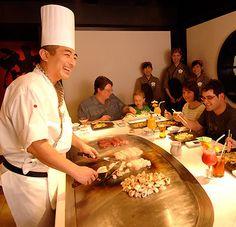 Muito legal!!!!!  A comida é preparada na sua mesa!!!!!!