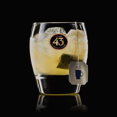 If you love tea, Dr. Same Tea 43 is the serve for you. The deep, earthy flavours of green tea balance perfectly with the sweetness of Licor 43.