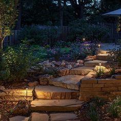 Creative DIY Outdoor Lighting ideas you can do for your backyard spaces Outdoor Steps, Outdoor Landscaping, Outdoor Gardens, Landscaping Ideas, Backyard Lighting, Outdoor Lighting, Lighting Ideas, Pathway Lighting, Patio Diy