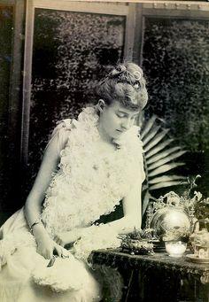 La princesse Hélène d'Orléans (1871-1951), duchesse d'Aoste