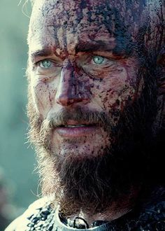 Travis fimmel ragnar Lothbrok  crying through the blood and mud