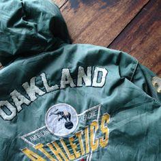 Oakland athletics  Parka jacket  Size L 8/10  Price 75$ shipped Wa : +62-82261680430
