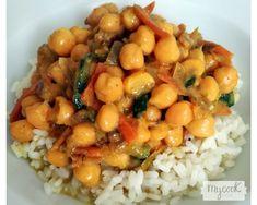 Comida India, Chana Masala, Veggies, Ethnic Recipes, Yummy Yummy, Food, Instagram, Indian Recipes, Vegetarian Recipes