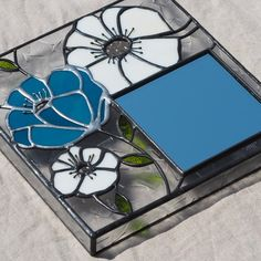 Stained Glass Mirror, Stained Glass Crafts, Glass Boxes, Business Card Holders, Glass Art, Handmade, Ideas, Stained Glass Windows, Mosaics