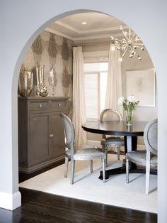 Hollywood regency diningroom Decorating Style Series: Hollywood Regency