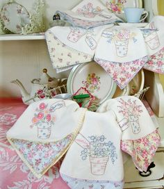 Crab Apple Hill Studio * Hand Embroidery DIY Inspiration * Vintage Style Day of the week handtowels  * Embroidery Project, Quilt Block or Paper Piecing