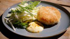 Krabcakes met limoen/gembermayonaise en een witloofslaatje met appel | Dagelijkse kost