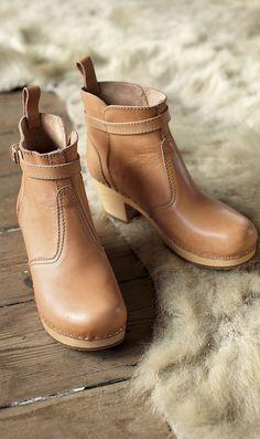 Swedish Hasbeens jodhpur boots, from Plumo