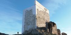 If it wasn't a restoration I'd quite like it.Matrera castle in Cádiz, southern Spain, joins list of Spanish artwork and building repairs causing hilarity and outrage Cadiz Spain, Andalusia, Medieval Tower, Medieval Castle, Chateau Medieval, Castle Pictures, Adaptive Reuse, Historical Landmarks, Moorish