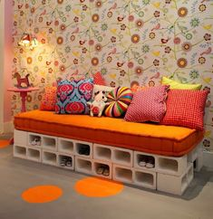 concrete blocks - Google Search Cinder Block Furniture, Cinder Blocks, Decorating Your Home, Diy Home Decor, Diy Casa, Concrete Blocks, Concrete Cement, White Concrete, Home Projects