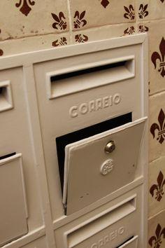 Mailboxes in LARGO Residências Short Stay Apartments | Caixas de correio do LARGO Residências  #largoresidencias #lisboa #portugal