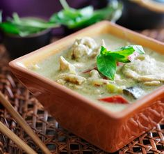 Authentic Thai Green Curry with Chicken